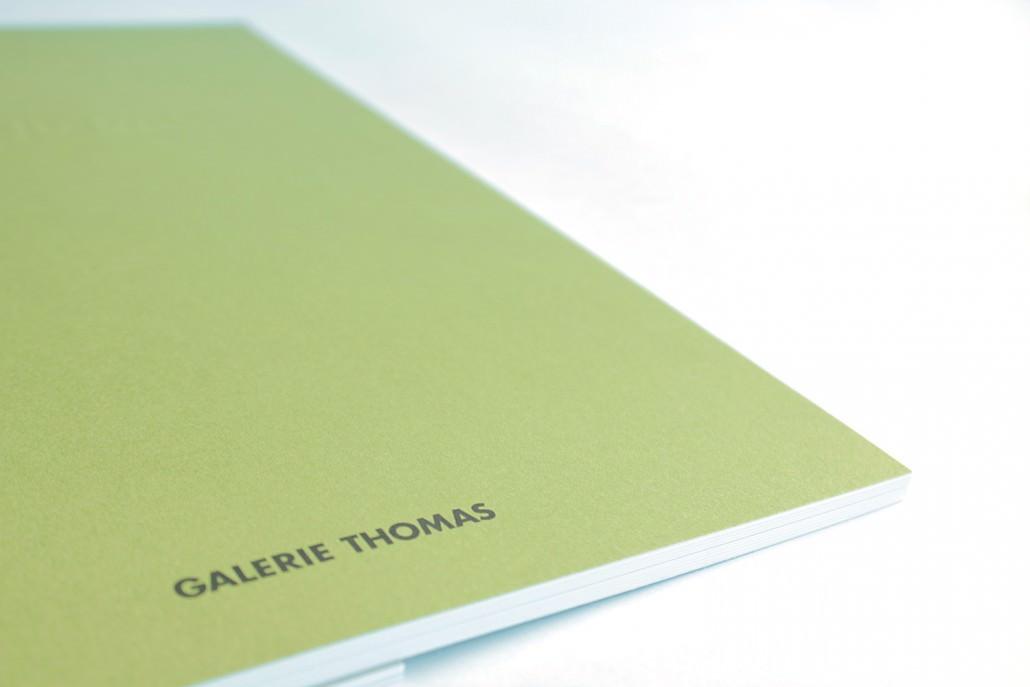 Stulz Druck und Medien hat verschiedene Druckwerke für die Galerie Thomas erstellt